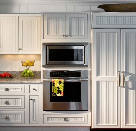 B E Interiors Beadboard Kitchen Cabinets Wainscoting