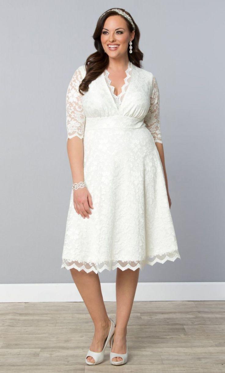 Budget Friendly Plus-Size Wedding Gowns   Brautkleider, Heiraten und ...