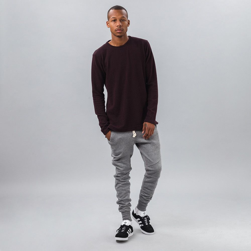 Ribbed Mercer Pullover in Maroon