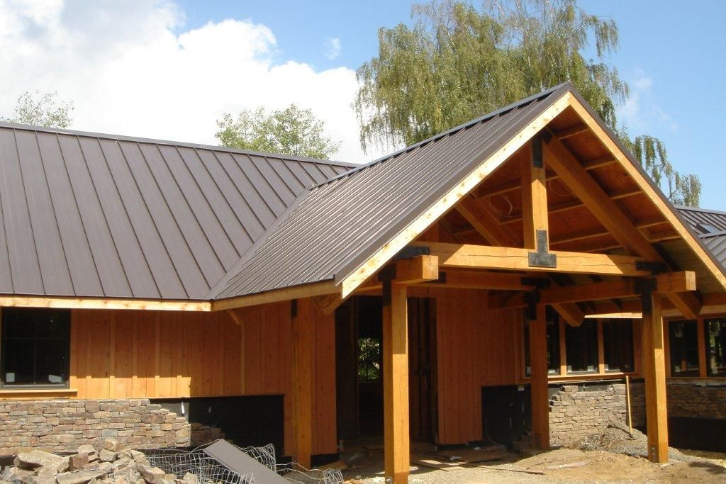 Best Sheets In Steel Looks Cool Against The Timber Cladding 400 x 300