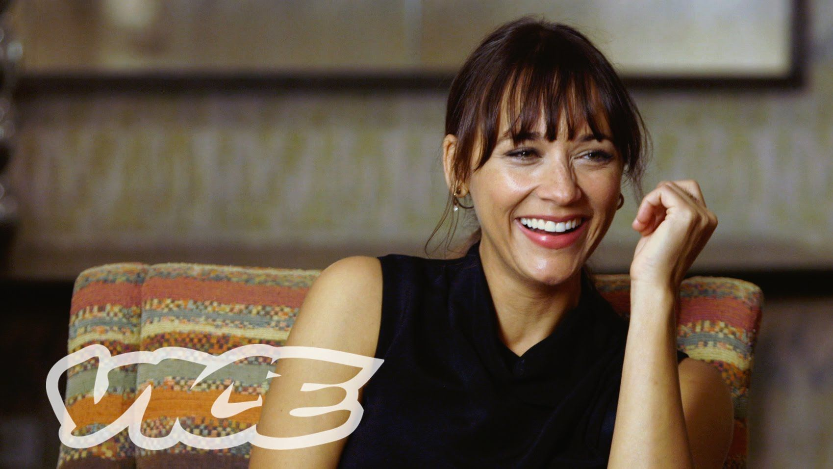 Vice Great Interview With Rashida Jones Talks About Her -8006