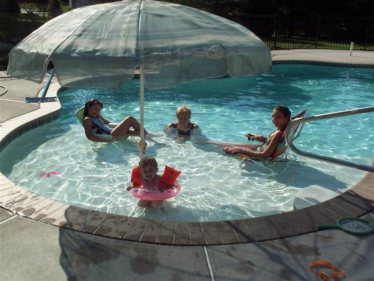 Image result for a inground pool with tanning ledge for Pool design with tanning ledge