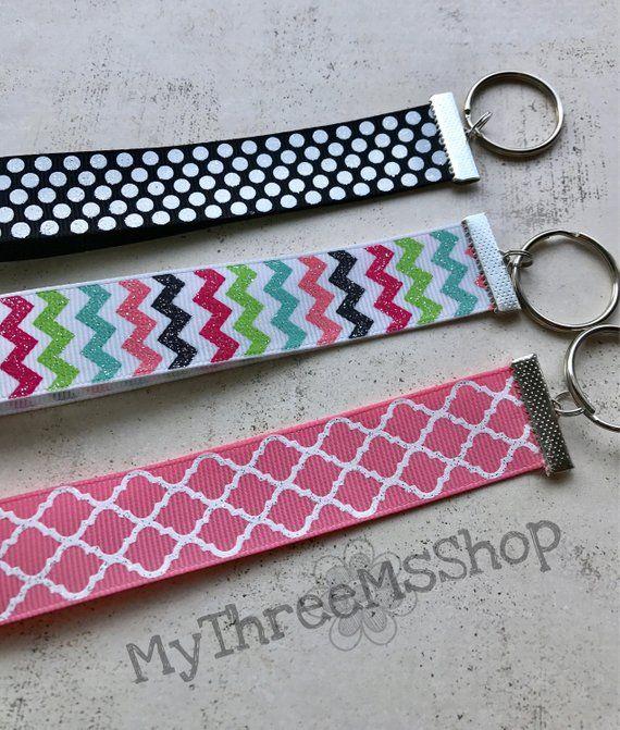 Ribbon Wristlet Keychain Glitter Key Chain Pink Key Holder Black Dot Key Ring Ribbon Keychain G With Images Glitter Keys Wristlet Keychain Small Thank You Gift