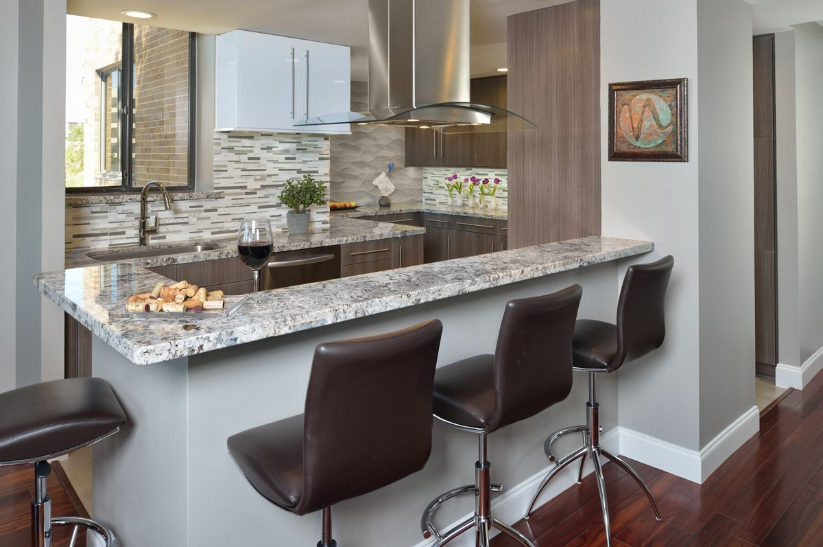 Beautiful kitchen in a downtown highrise by wendt design group