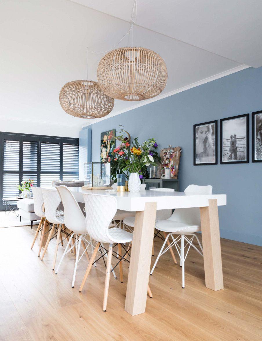 Mooie Witte Eetkamerstoelen.Blauwe Eethoek Witte Eetkamerstoelen Rieten Hanglampe New Home In