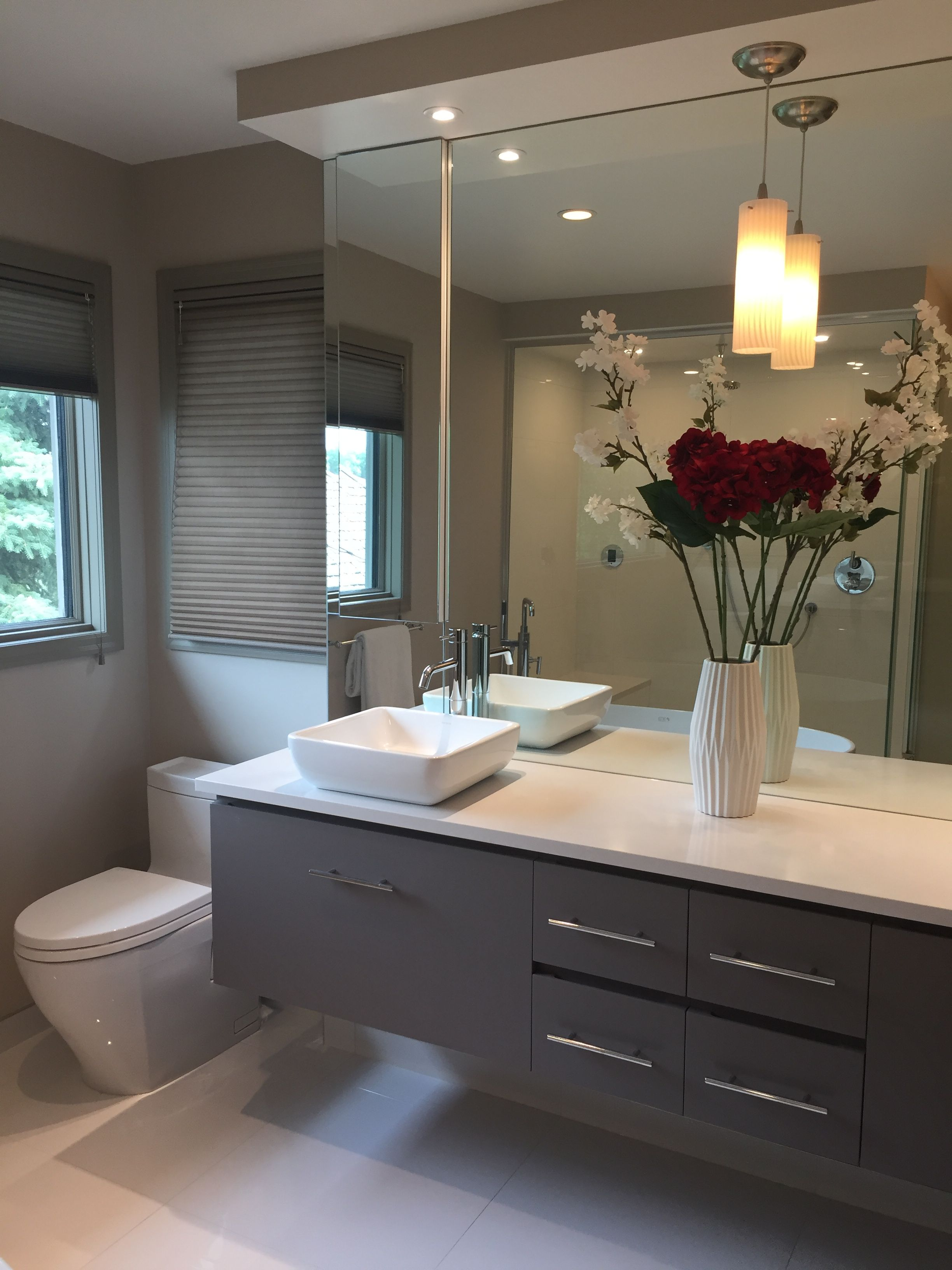 One Of Our Most Recent Renovations Done By Dynasty Bathrooms In Winnipeg What Can We Do To Showcase Your Bathroom Bath Renovation Bathroom Kitchen Renovation