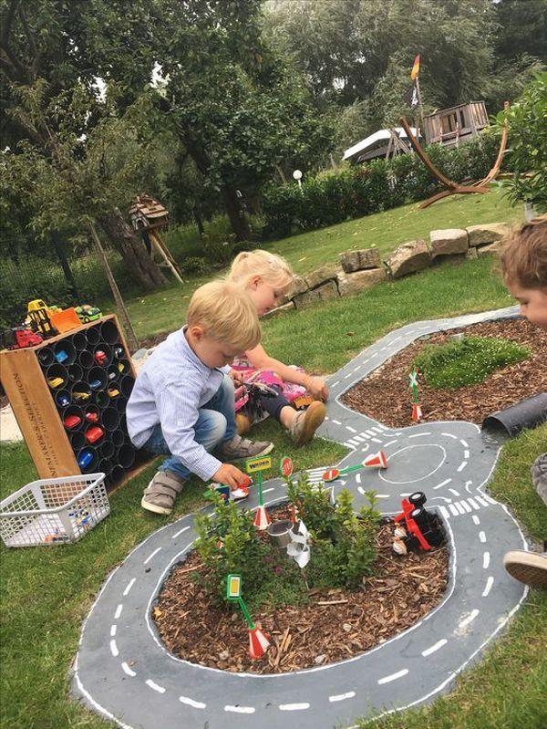 erstaunliche-Outdoor-Rennstrecke-für-Spielplatz-Ideen