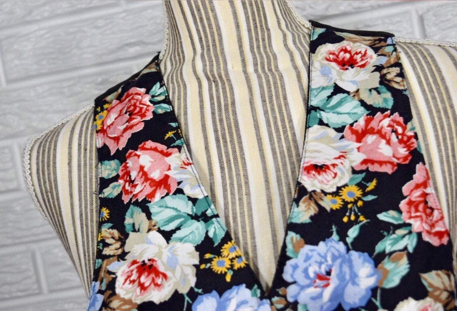 90 S Black With Large Floral Print Vest By Best American Clothing Co In 2021 Clothing Co American Apparel Good American