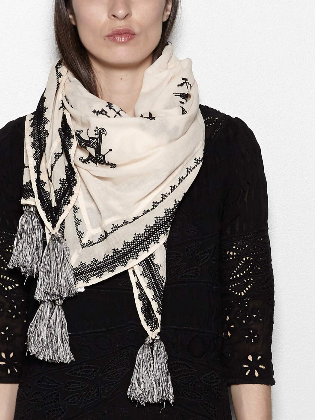 INTROPIA Embroidered cotton scarf