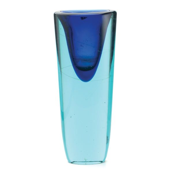 Luciano Gaspari For Salvati Sommerso Italian Art Glass Vase #michaans #midcenturymodern http://www.michaans.com/highlights/2014/highlights_11062014-b.php