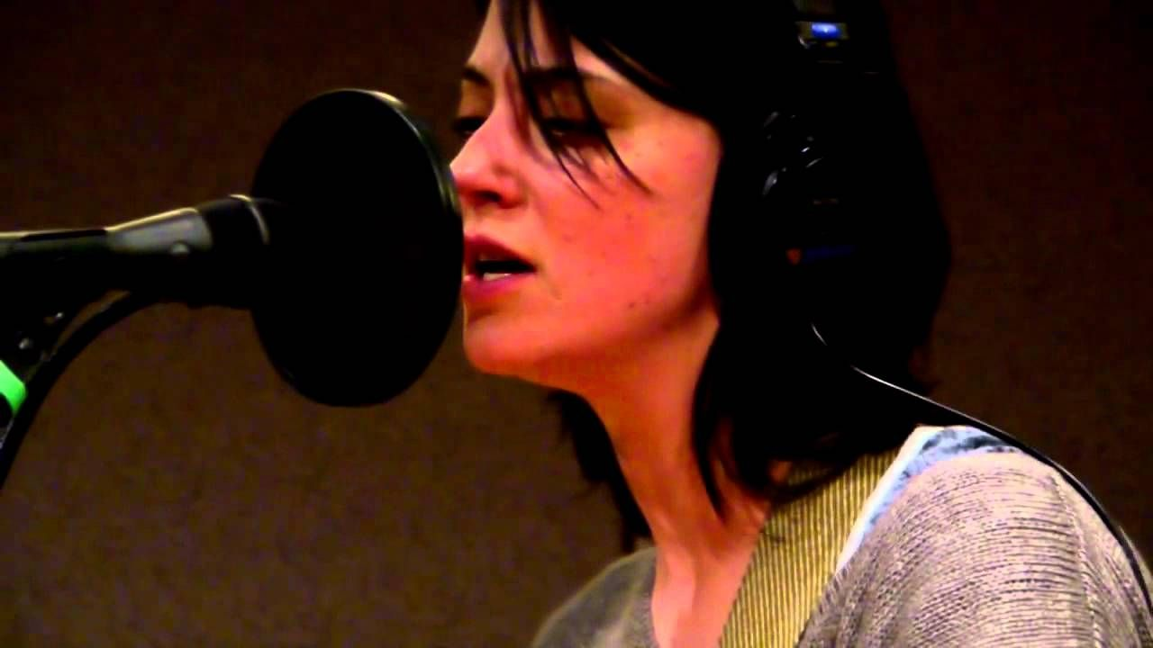 Sharon Van Etten Serpents Goooood Especially The Backup Vox