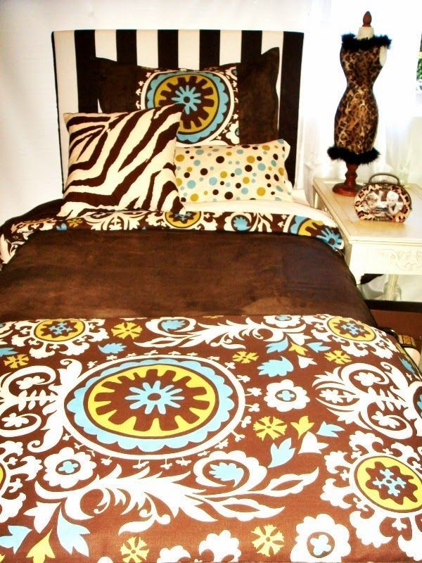 Design Your Own Dorm Room: How To Make A Dorm Room Bed! Decor 2 Ur Door Provides An
