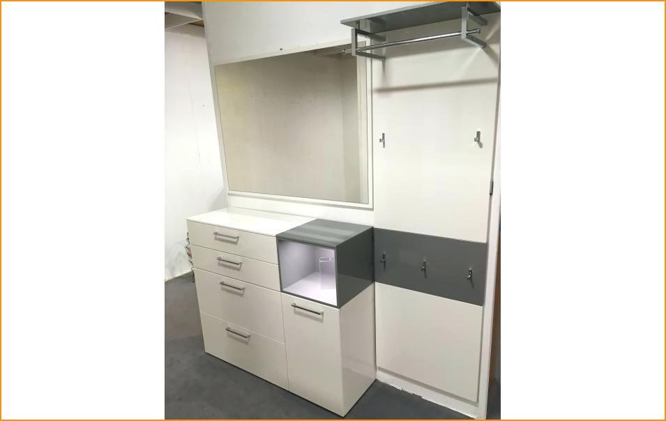 11 Lieblich Garderobe Weiss Hochglanz Ikea In 2020 Locker Storage Ikea Filing Cabinet
