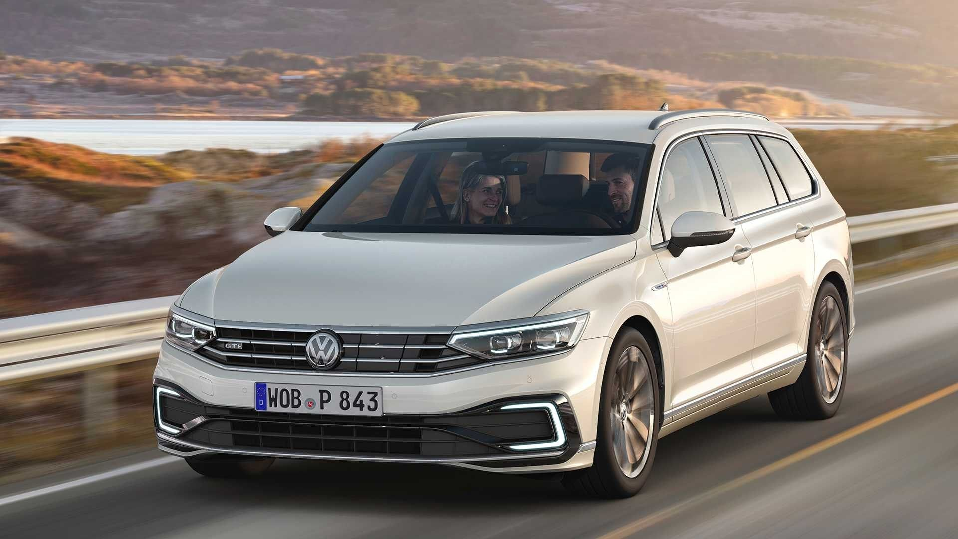 Best 2020 Volkswagen Passat Gte Interior Volkswagen Passat Volkswagen Upcoming Cars