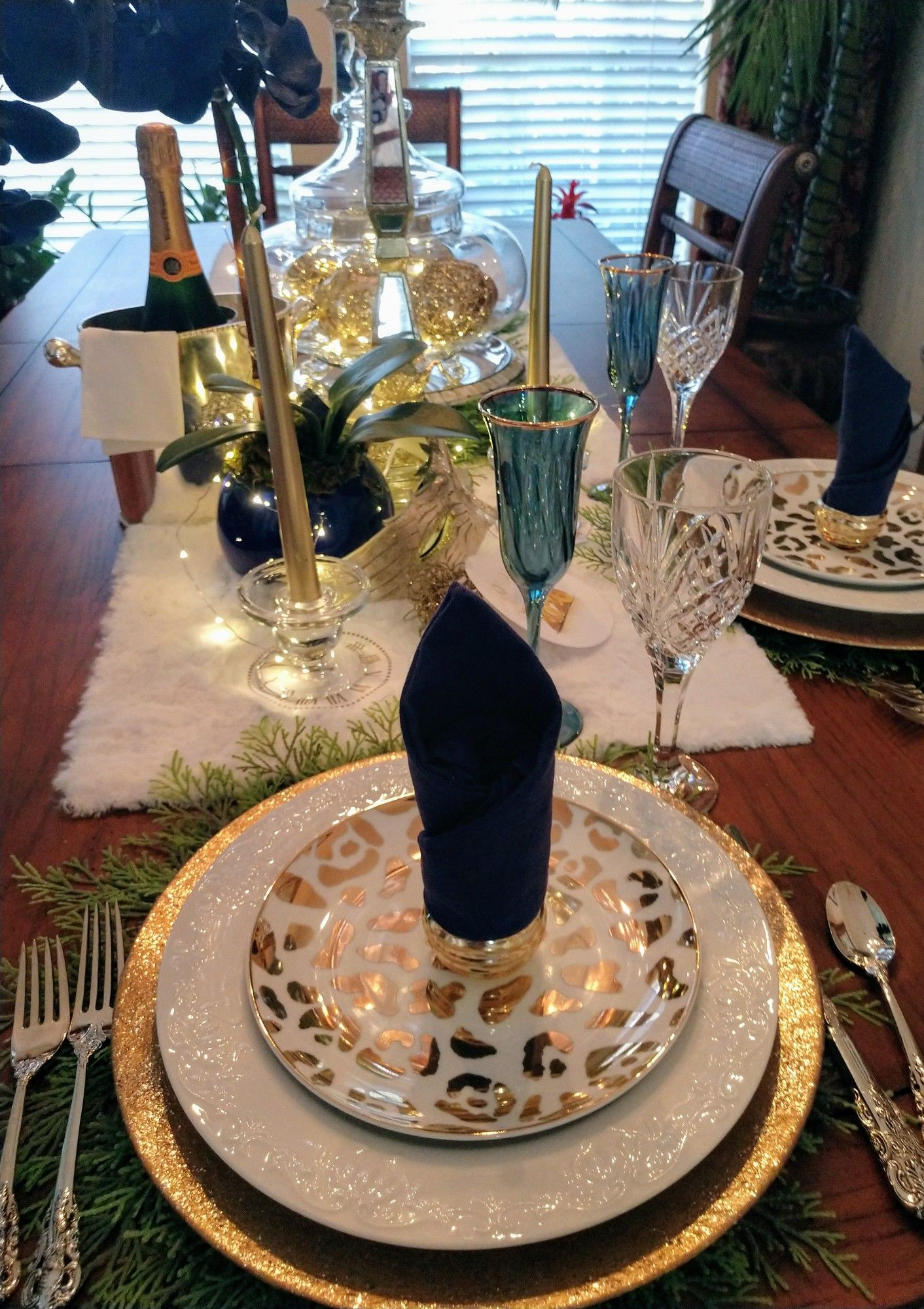 New Years Gold and White Tablescape for two in 2020