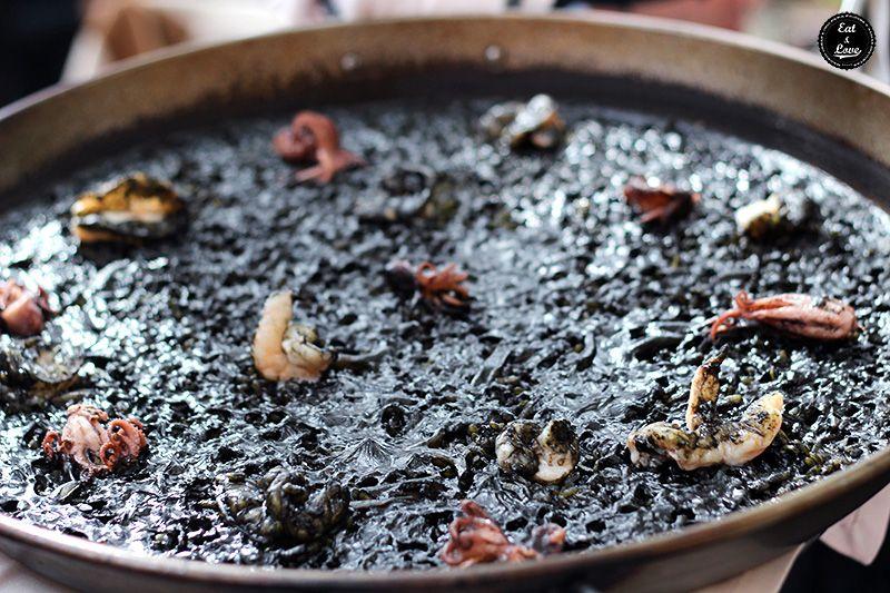 Arroz negro en Que si quieres arroz Catalina - restaurante arrocería Madrid