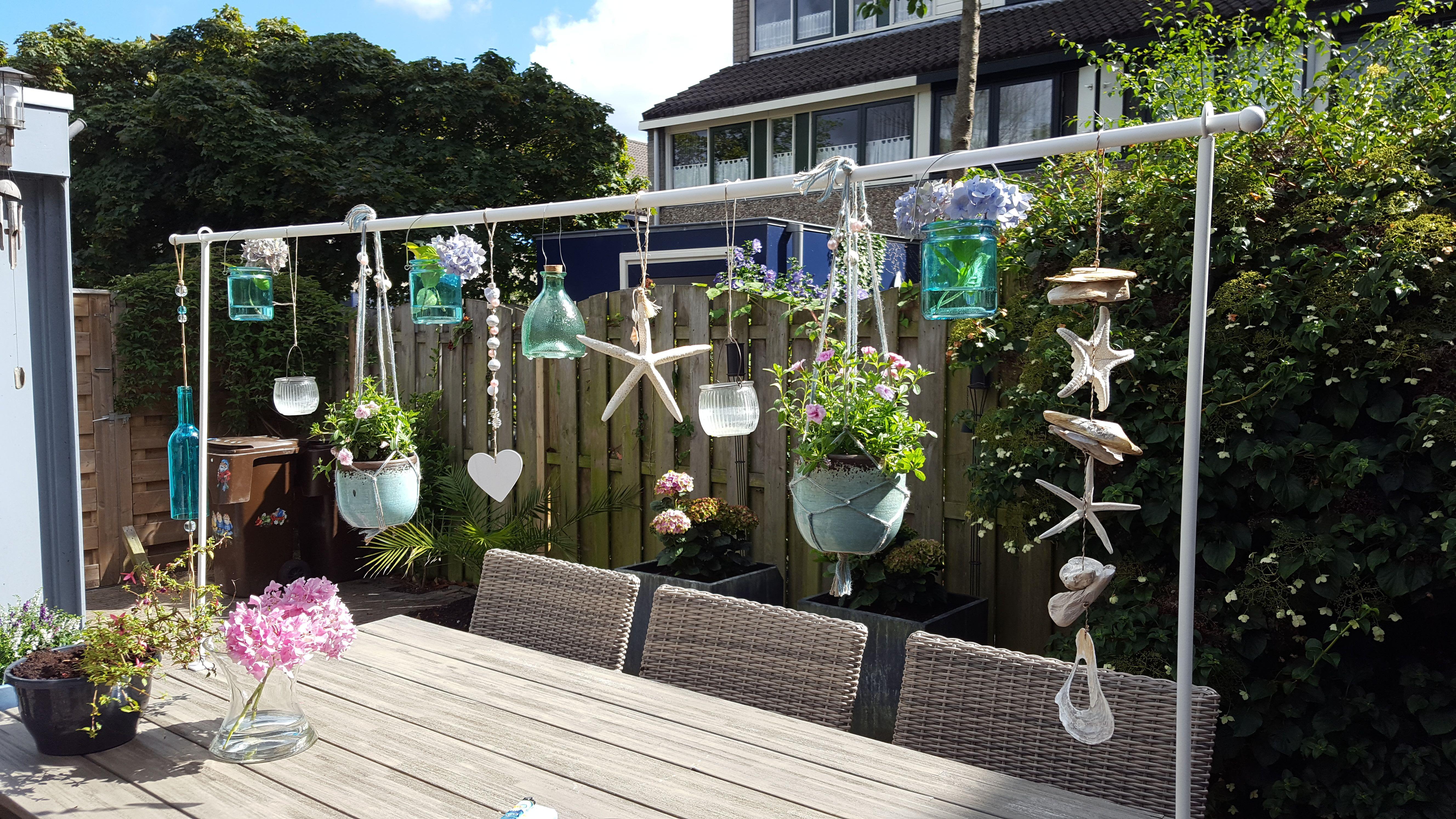 gezelligheid in de tuin tafelklem van intratuin met leuke