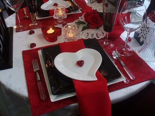 Black white and red place setting for valentine\u0027s & Black white and red place setting for valentine\u0027s | Love Me ...