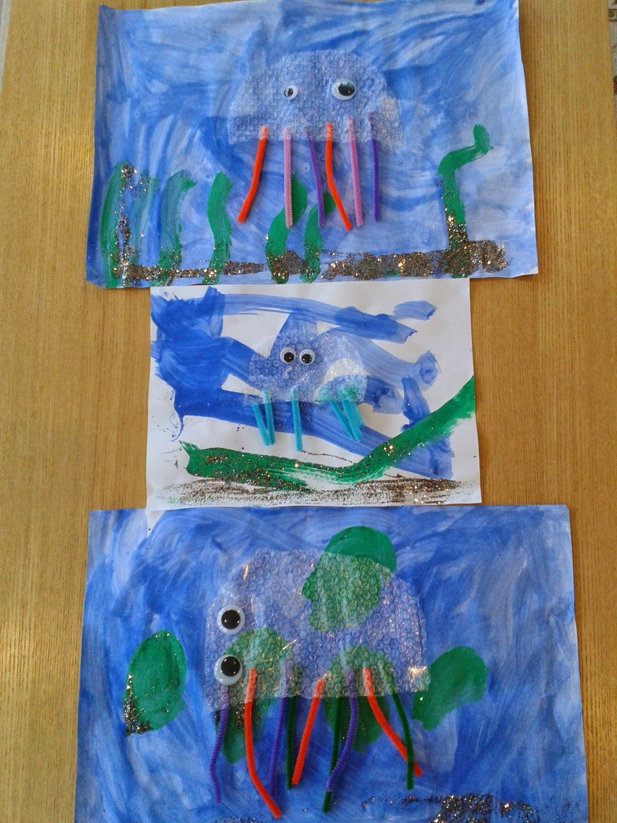 Bubble Wrap Jellyfish Craft For Siblings