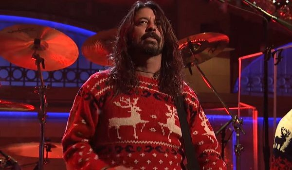 saturday night live watch foo fighters delightful christmas medley - Saturday Night Live Christmas Song