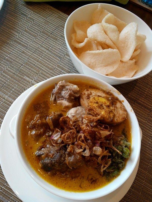 Lontong cap go meh Traditional food, Food, Indonesian