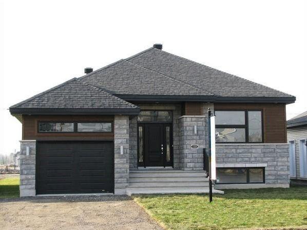 Le Vivaldi avec garage Très grand bungalow avec magnifique aire - prix construction d un garage