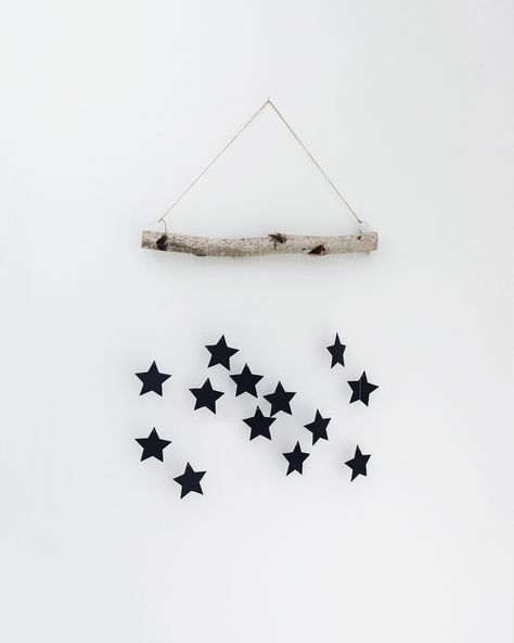 DIY modern, Scandinavian Christmas hanging wall decoration | Happy Grey Lucky #diytutorial