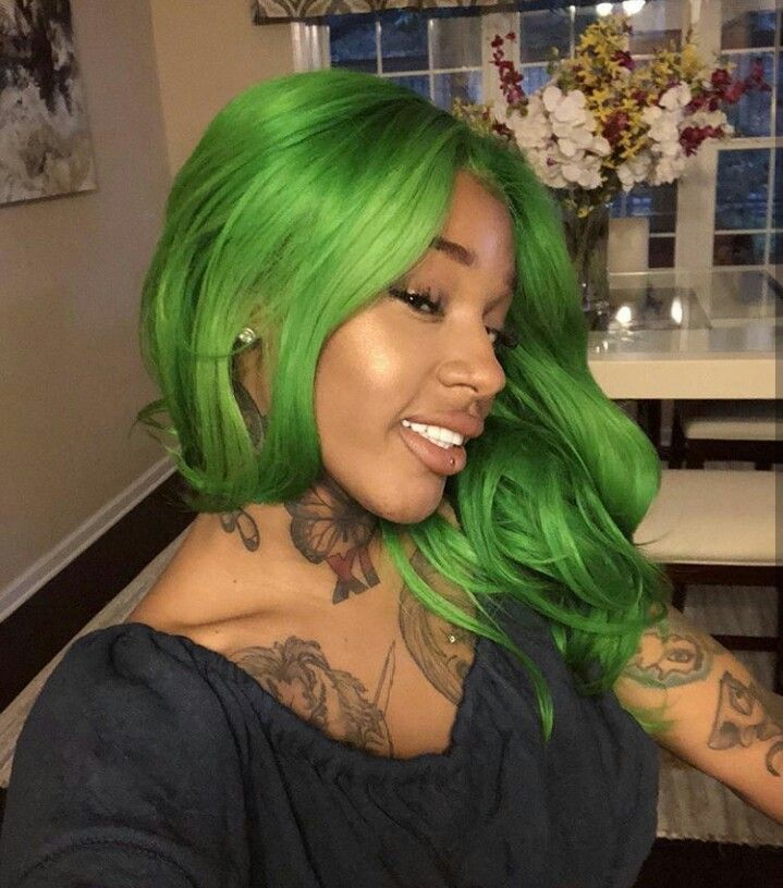 Like What You See Follow Me Pin Iijasminnii Give Me More Board Ideass Wig Hairstyles Green Hair Hair Styles