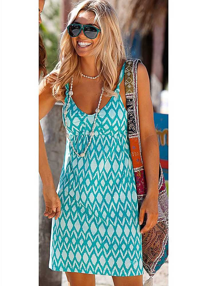 08423692552 Roxy Summer Print Dress - Summer dress in a figure flattering cut with a  slightly flared hem and smock insert at the back.Length approx. 65 cm (26  ins) £69.