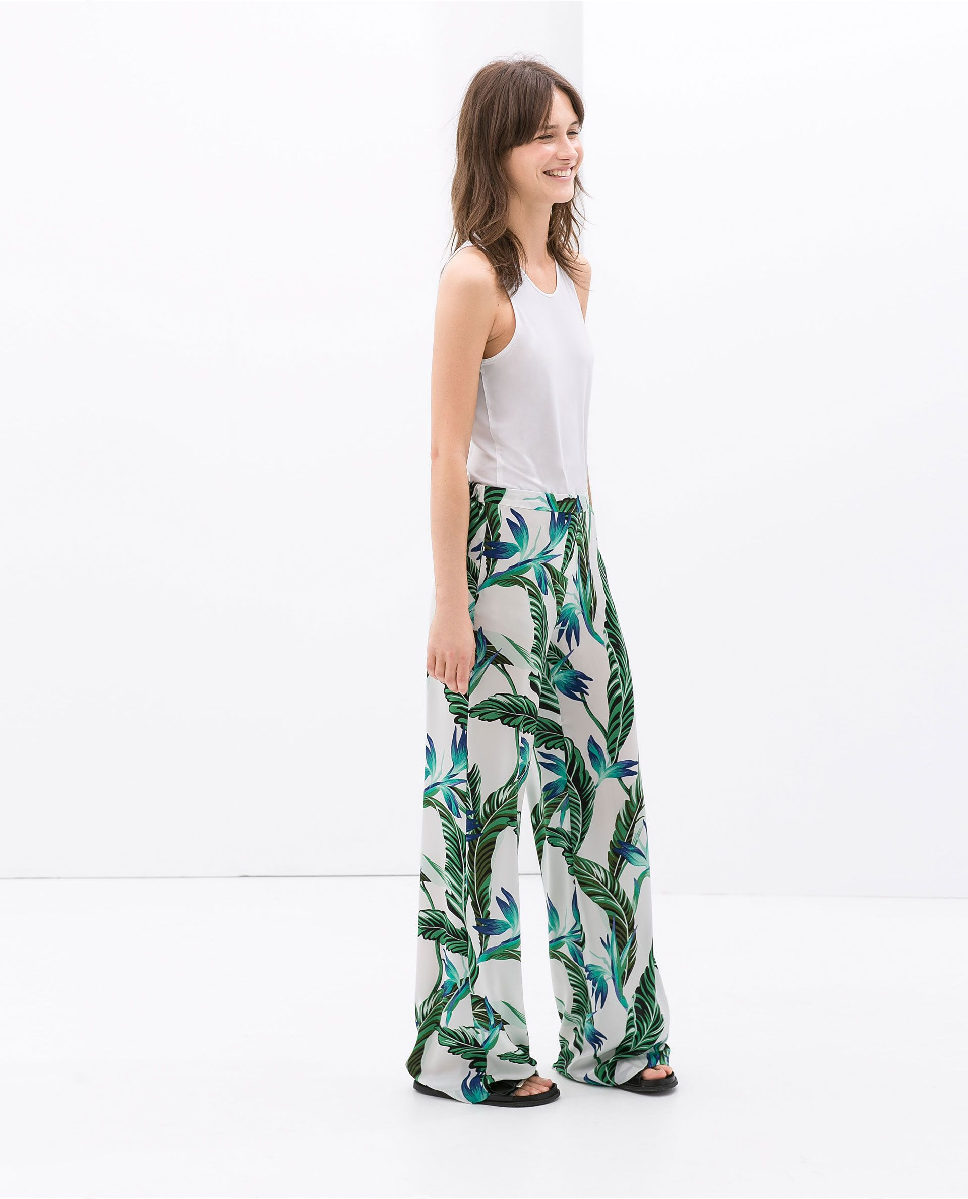 d169dfa7 ZARA - WOMAN - FLOWY WIDE TROUSERS WITH LEAF PRINT | What to Wear in ...