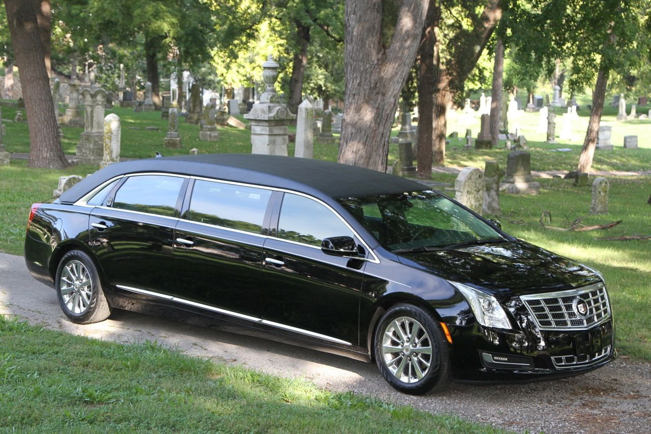 Pin On Beautiful Hearse And Few Limos