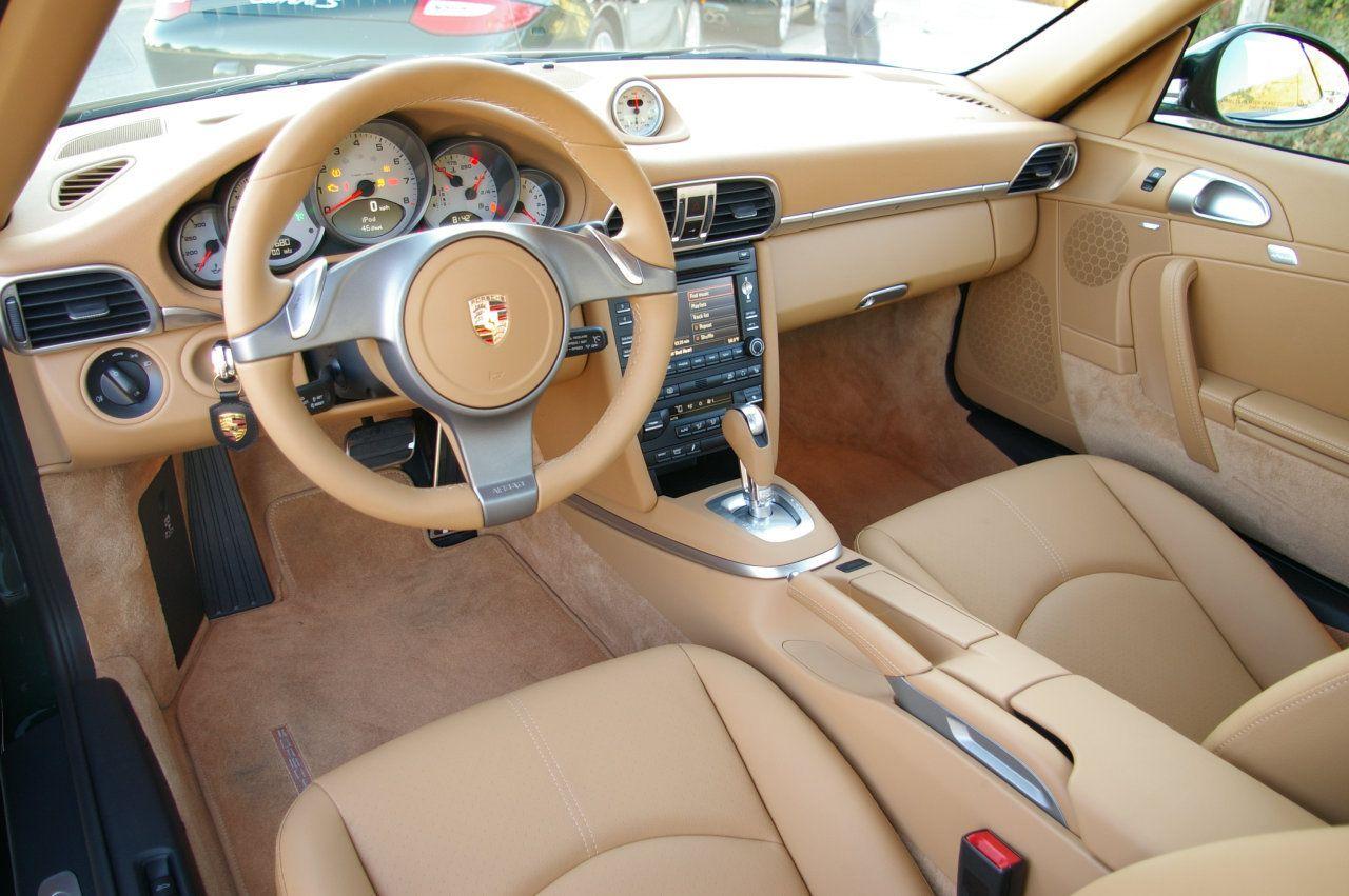 2009 porsche 911 interior