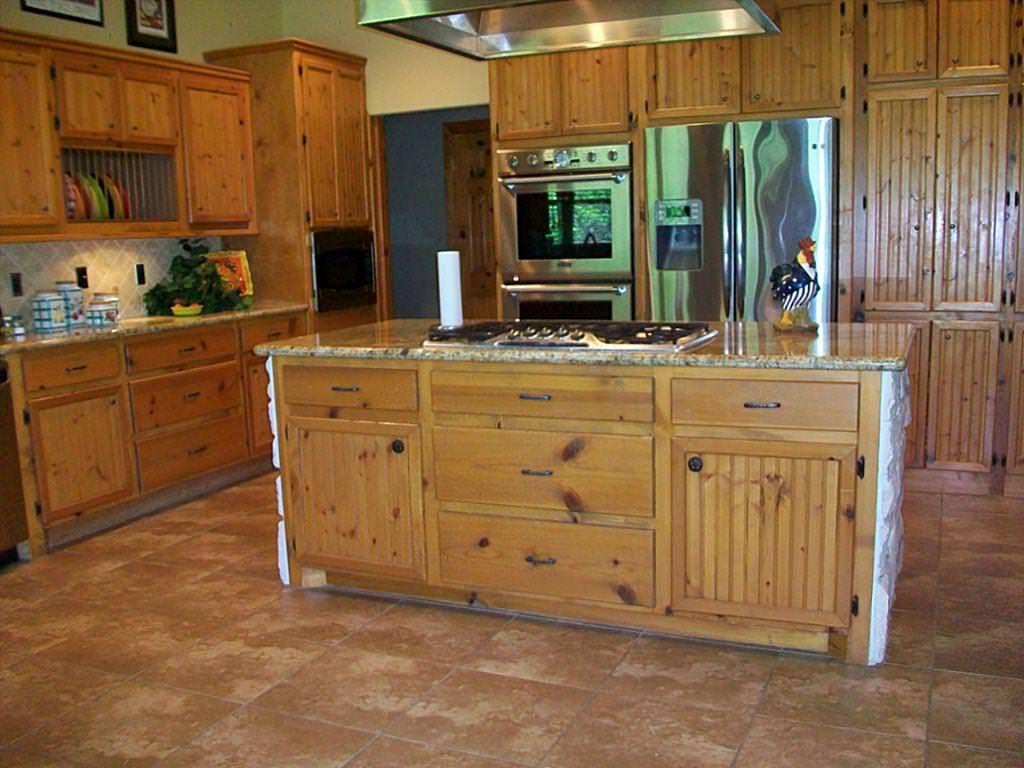 Finest Knotty Pine Kitchen Cupboards   Pine kitchen ...