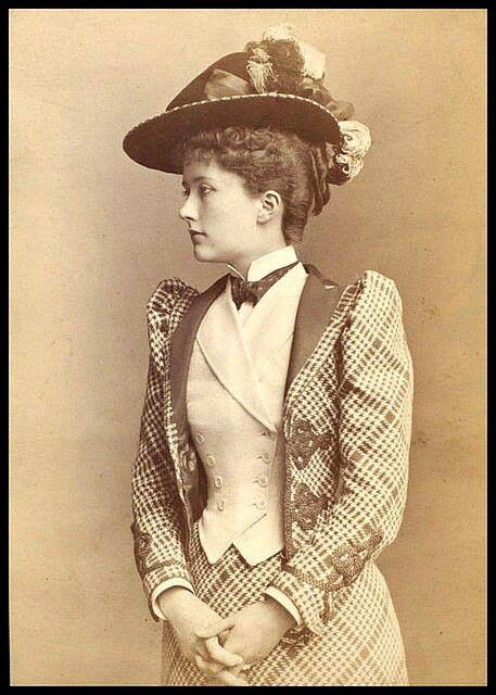 young woman 1890 1890s fashion