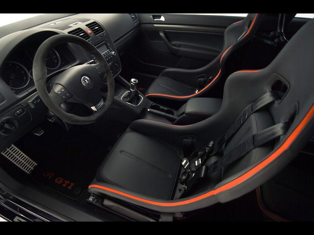 2007 Volkswagen R GTI   Interior