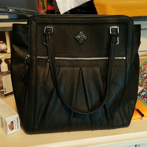 Simply Vera black purse Black Simply Vera Simply Vera Vera Wang Bags Shoulder Bags