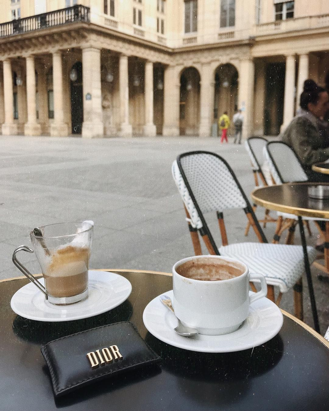 1 822 Me Gusta 8 Comentarios Marie Lou Duvillier Marielouduvillier En Instagram Monday Essentials Coffee Shop Aesthetic Coffee And Books Coffee Lover