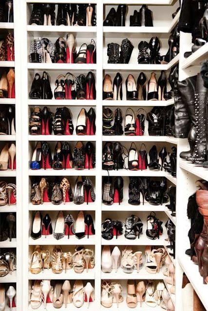 rangement chaussures louboutin