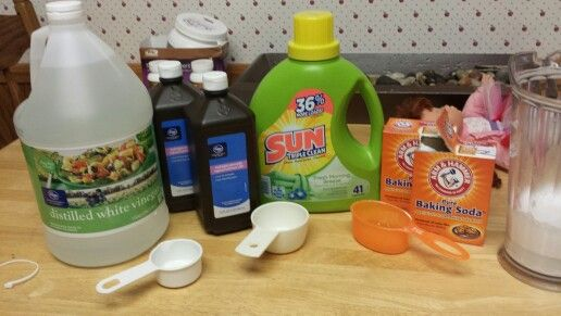 Carpet Cleaning Mixture 1 4 Cup White Vinegar 1 2 Cup