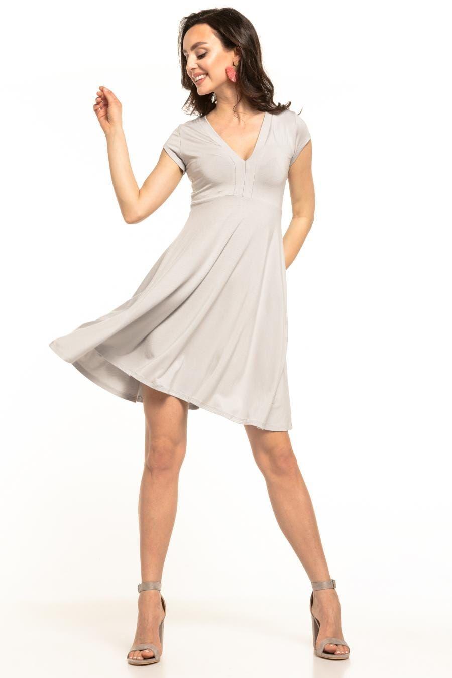 Zwiewna Rozkloszowana Sukienka Jasnoszara Te312 Dresses For Work White Dress Fashion