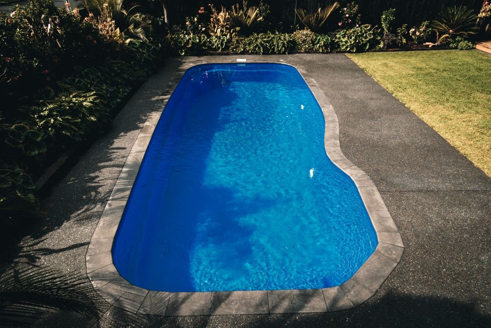 Atlantis 10 Bermuda Blue Inground Swimming Pool Gallery Narellan Pools Nz Swimming Pools Inground Pool Bermuda Blue