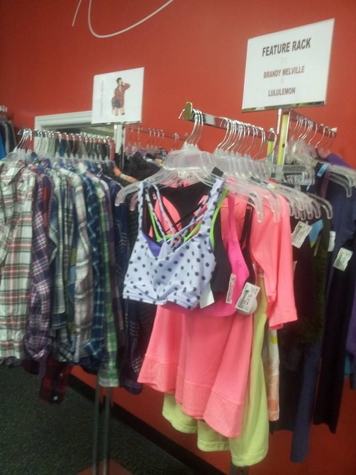 New In Store Check Out Our Feature Racks Brandy Melville Lulu Lemon And Trendy Flannels All In Various Sizes Easy To Plato Closet Wardrobe Rack Wardrobe