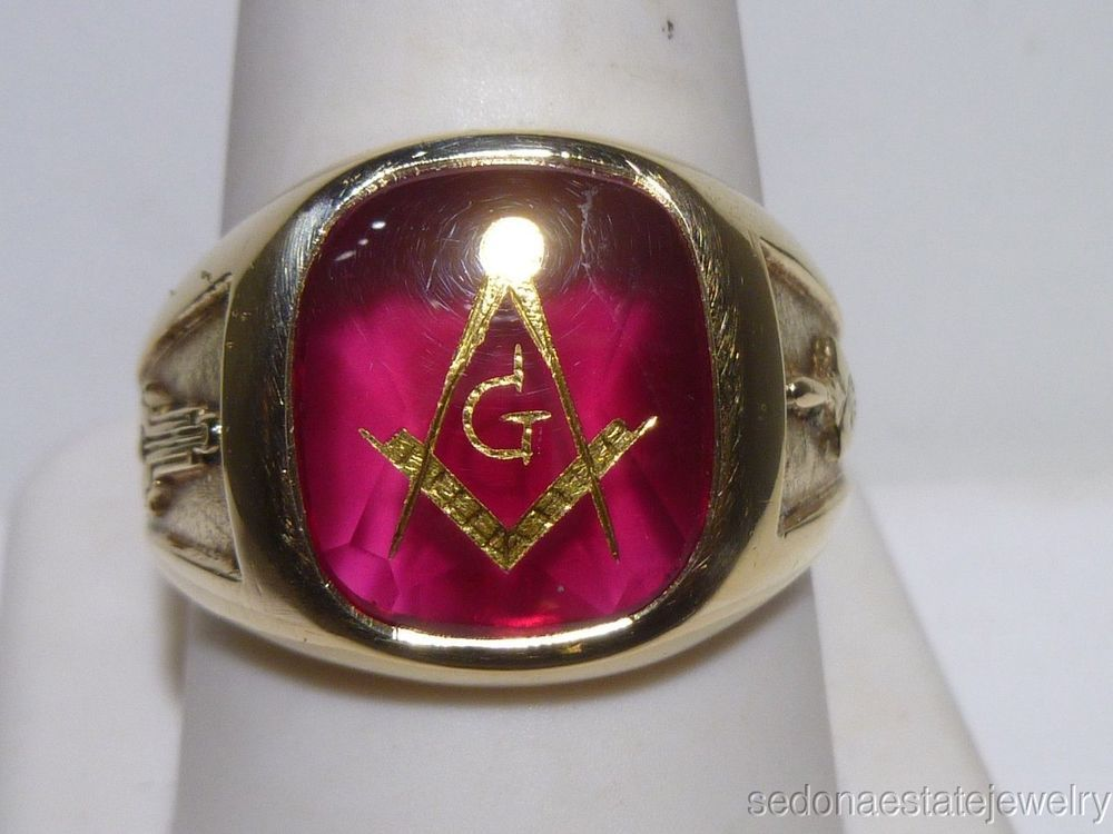 Masonic 10k Gold Ring With Red Stone Square Compass Plumb And Trowel Estate Claddagh Masonic Ring Red Stone 10k Gold Ring