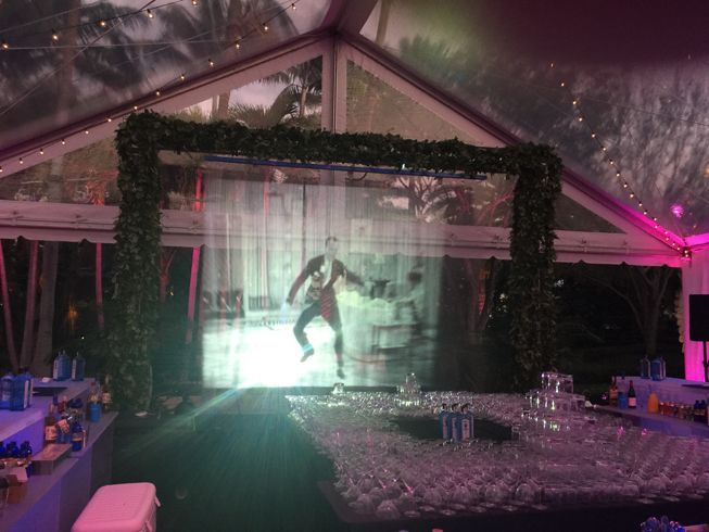 Water Screen Projection Eiland