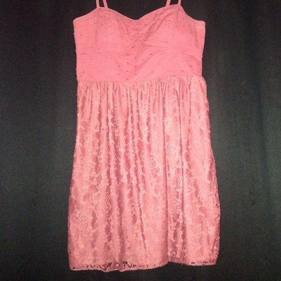 Dress Almost mauve color has lace bottom dotted chest spaghetti strap American Eagle Outfitters Dresses Midi