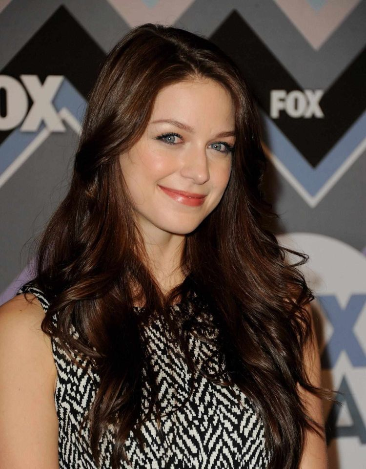She S So Beautiful With Her Natural Hair Color Melissa Benoist Hot Melissa Benoist Melissa Marie Benoist