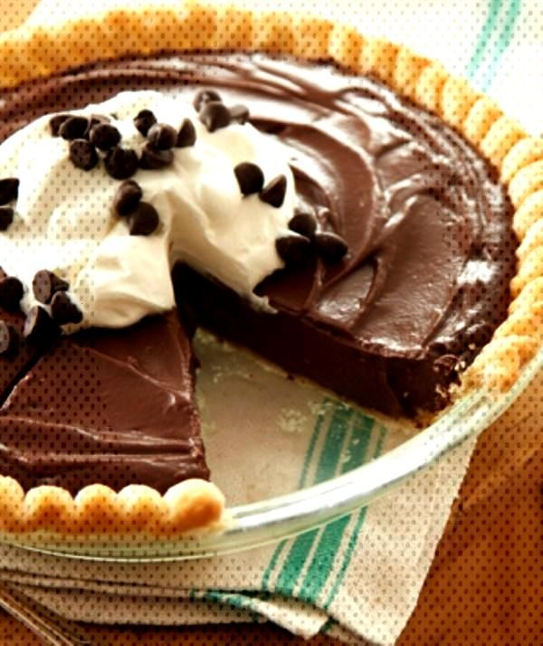 Food Photography - Gone to Heaven Chocolate Pie Food Photography - Gone to Heaven Chocolate Pie