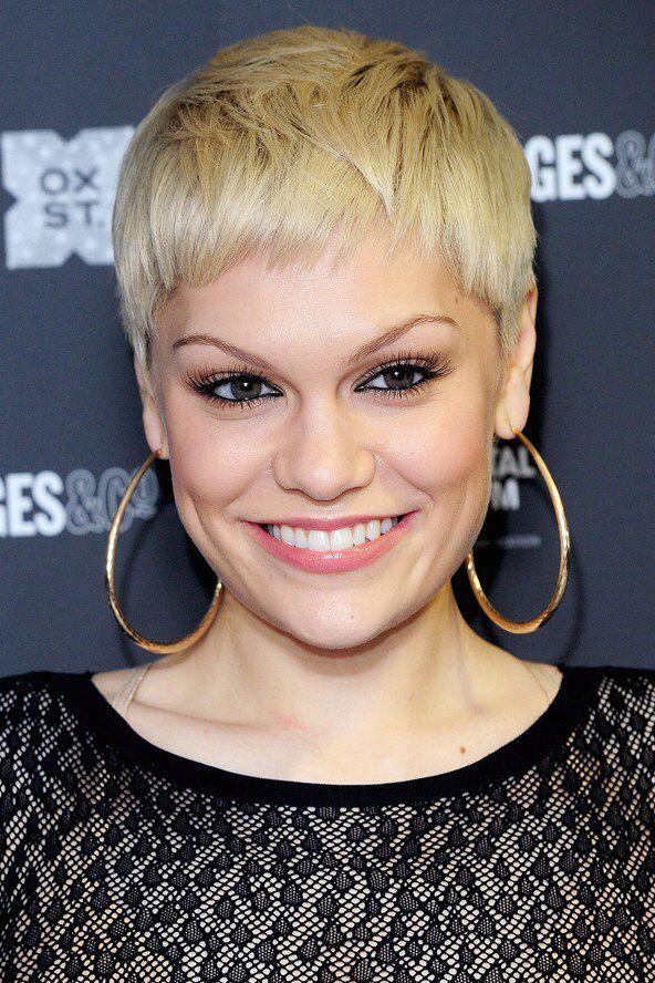 Jessie J Short Hair Short Hair Styles Very Short Haircuts Short Blonde Hair