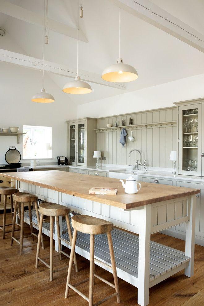 Kochinsel Arbeitsplatte Aus Holz Barhocker Wohnbeispiel Küche In