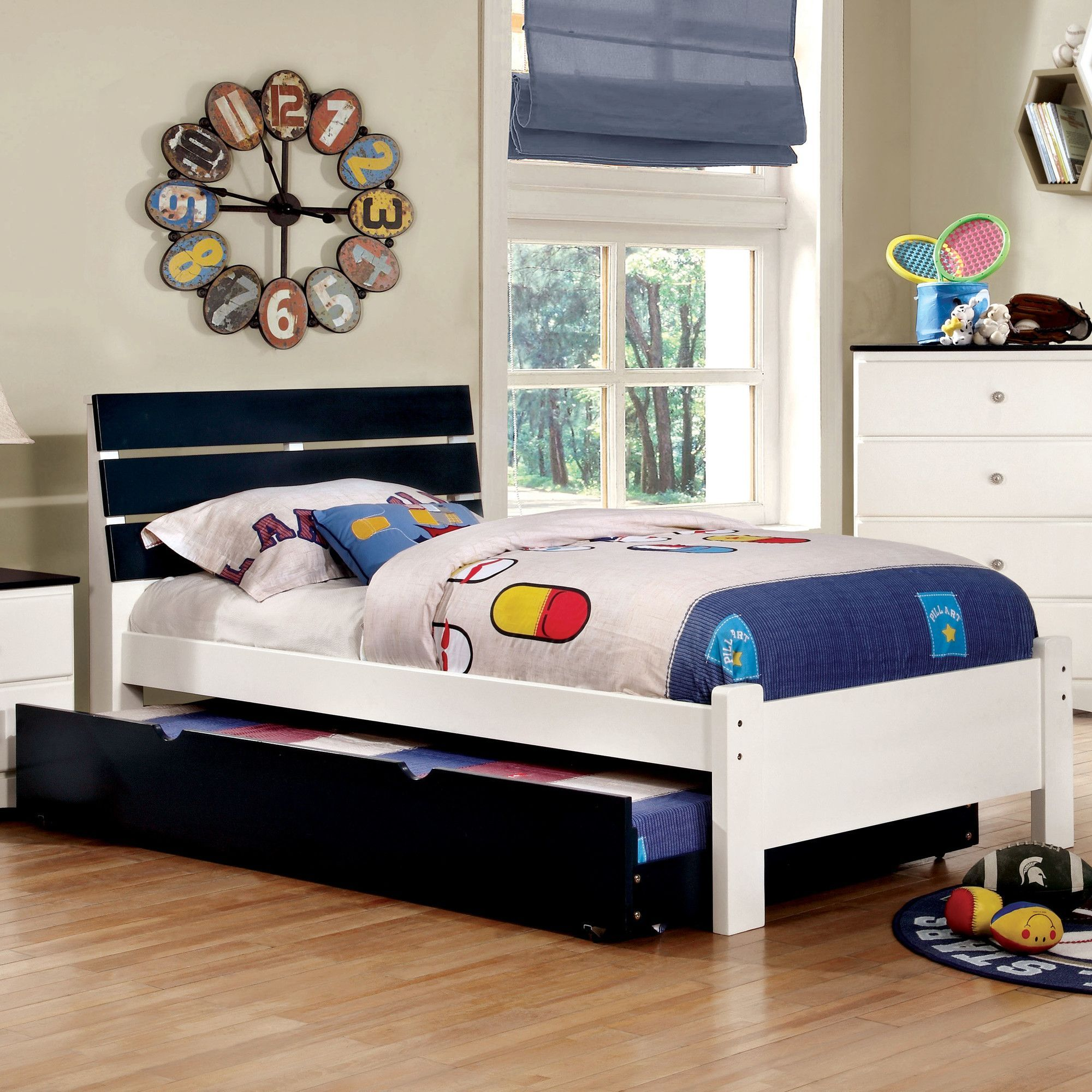 Cristina Platform Bed